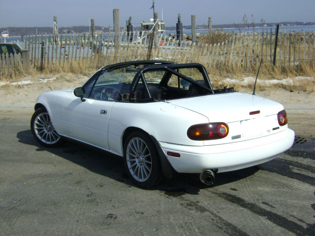 White (Crystal U0026 Chaste)   1990 Crystal White Miata   Mazda Miata MX 5  Picture Gallery